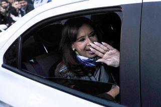 CFK. Después de una fuerte caída en los primeros meses del año, su imagen está estable.