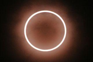 Expectativa por el eclipse anular de Sol: aconsejan no mirarlo en forma directa