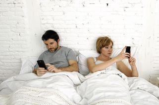 Por la tecnología y el estrés cotidiano, hoy las parejas tienen menos sexo que hace 20 años