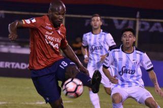 Atlético Tucumán necesita ganar para mantener la ilusión