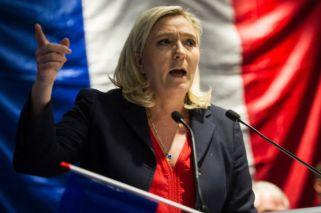Marine Le Pen deja su partido para buscar nuevos votantes
