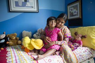 El increíble caso de la nena que nació con tres piernas