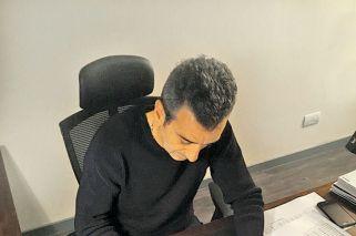 Randazzo fue el primero en firmar como candidato pero demoró su lista