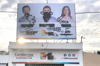 Atacaron un local de Cambiemos en Hurlingham con insultos a Vidal y Macri