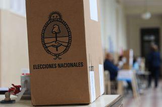 Urnas. Los electores que son neutrales frente a las propuestas no existen.