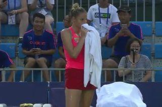 Una tenista debió abandonar el torneo por el accidente más tonto