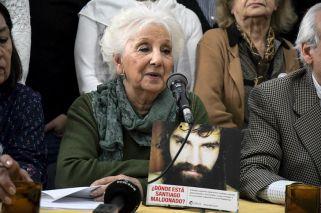 """Carlotto: """"Retrocedimos 40 años y buscamos a alguien como en la dictadura"""""""