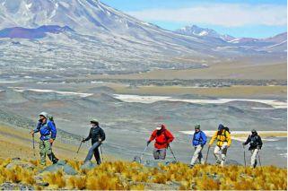 Catamarca: escuela de trekking en la zona de los seismiles
