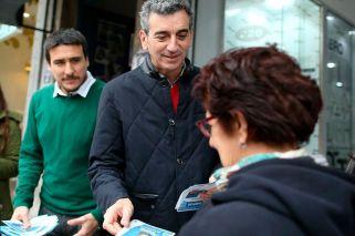Randazzo y Cristina denunciaron la falta de boletas y apuntaron al Correo