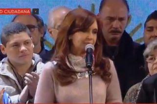 Dario Grandinetti apareció junto a Cristina en el acto de cierre de las PASO