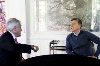 Tras su operación en la rodilla, Macri se reunió con Piñera en Olivos
