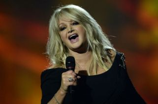 "Bonnie Tyler cantó ""Total Eclipse of The Heart"" durante el eclipse de sol"