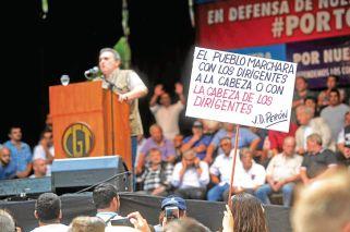 Sindicatos, organizaciones sociales y la izquierda marchan fragmentados contra el Gobierno