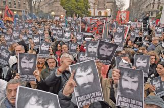 Government pushes back after week of fierce criticism over Santiago Maldonado
