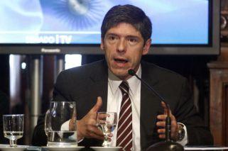 Investigarán a Abal Medina por un spot contra el Grupo Clarín