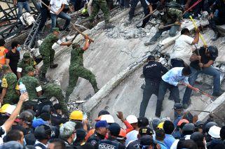 Ascienden a 248 los muertos tras el doble terremoto en México