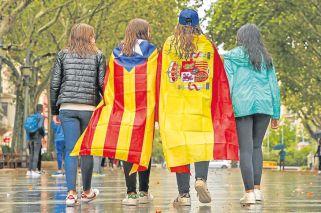 Tras el romanticismo independentista, una pelea por miles de millones de euros