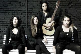 Con el apoyo del Instituto Nacional de las Mujeres, la obra está dirigida por Adrián Cardoso y Magdalena de la Torre, y protagonizada por Gisele Broin, Cecilia Barros, Jazmín Calvo y Carolina Curci.