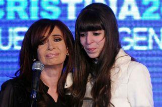 Florencia Kirchner debe $20 mil de expensas y pidió que los pague Cristina