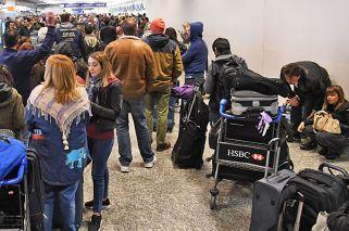 Caos en Aeroparque y Ezeiza por 115 vuelos cancelados