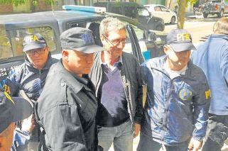 Detuvieron a un docente K por los ataques a Macri