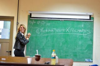 Victoria Xipolitakis dio clases en la UBA
