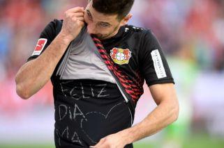 Gol y dedicatoria especial de Alario en el empate del Bayer Leverkusen