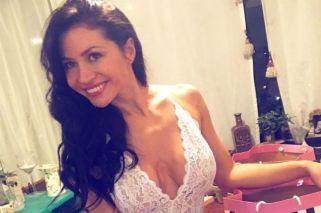En topless, Adabel Guerrero lució su pancita de embarazada