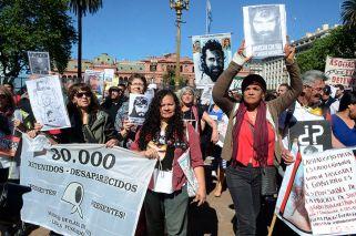 Marcha por Maldonado: comienza a llegar gente a Plaza de Mayo