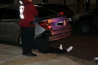 Asalto, persecución y tiroteo: un ladrón muerto y tres detenidos