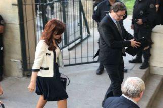 """Cristina pidió a la militancia que no la acompañe a Tribunales: """"Voy sola"""""""