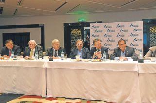 Los empresarios creen que la reforma los acerca al marco laboral de Brasil