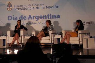 Fin del mito: las mujeres tienen menos acceso a la tarjeta de crédito