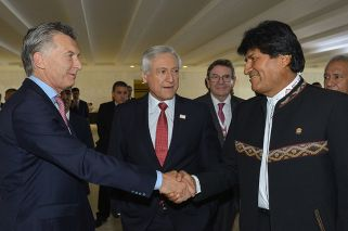 Evo Morales arrives in Argentina for gas, security talks with Macri