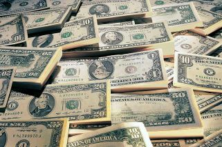 Dollar hits new record of AR$18.34 pesos