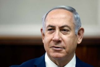Israel police recommend PM Netanyahu face corruption charges