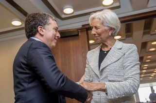 """In """"stand by"""" financing talks, IMF's Lagarde says ready to assist Argentina"""