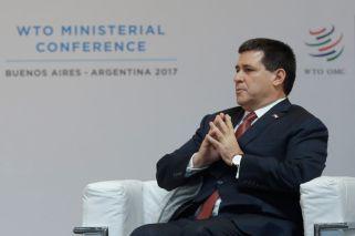 Paraguay President Cartes withdraws resignation and Senate bid