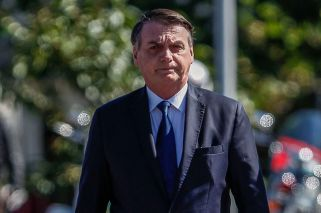 'Macri is in trouble': Bolsonaro expresses fears over potential return of CFK