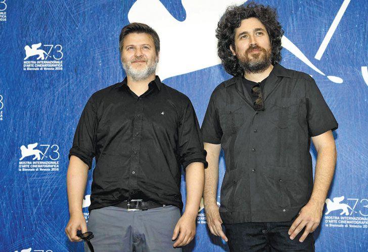 Ficcion y ficcion. Los realizadores del film, Gastón Duprat y Mariano Cohn.