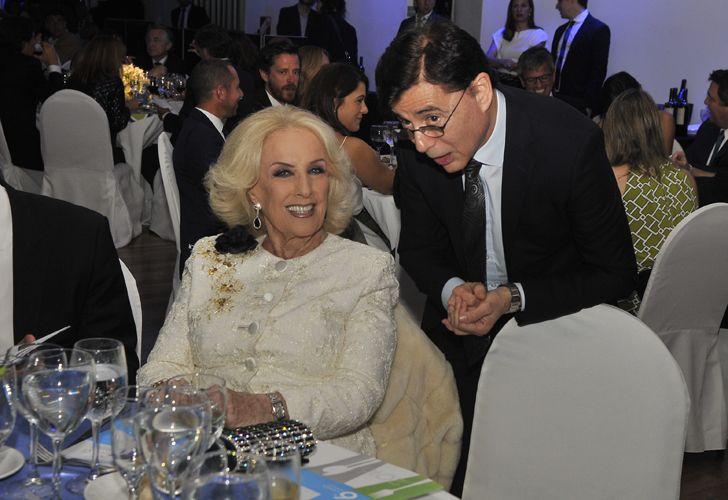 Mirtha Legrand y el CEO de Editorial PERFIL, Jorge Fontevecchia.