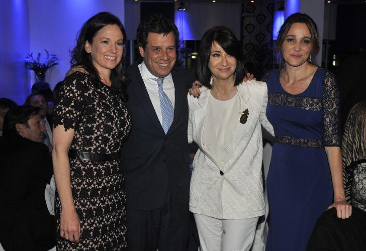 La ministra de Desarrollo Social, Carolina Stanley, Facundo Mames, María Laura Santillán y Verónica Lozano.