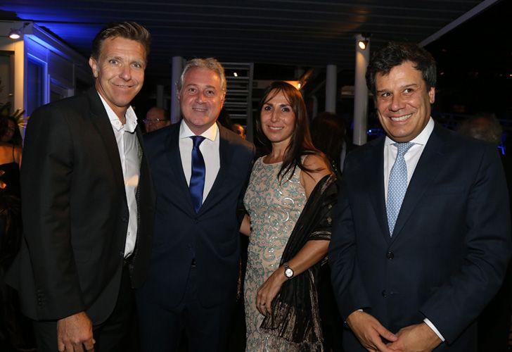 El conductor Alejandro Fantino y el presidente de la Fundación INECO, Facundo Manes.
