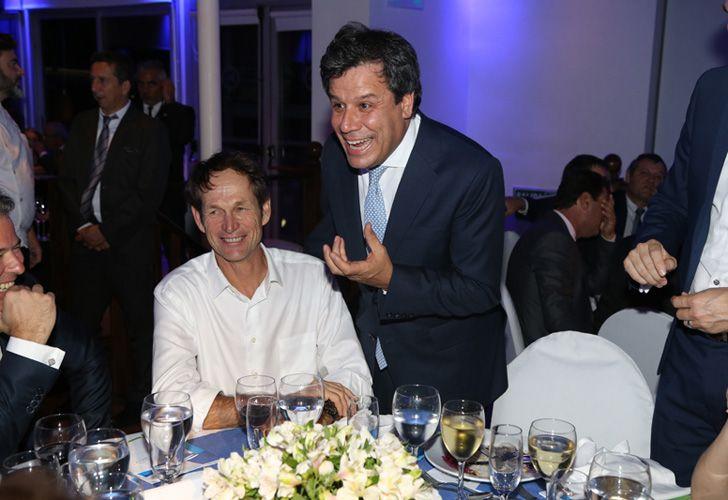 El medallista olímpico Santiago Lange y el presidente de la Fundación INECO, Facundo Manes.
