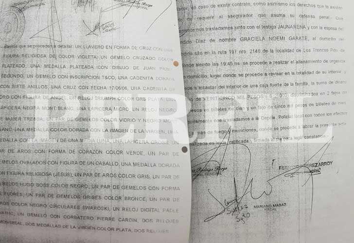 El acta de los allanamientos donde se registran dos ausentes firmas y una falsificada.