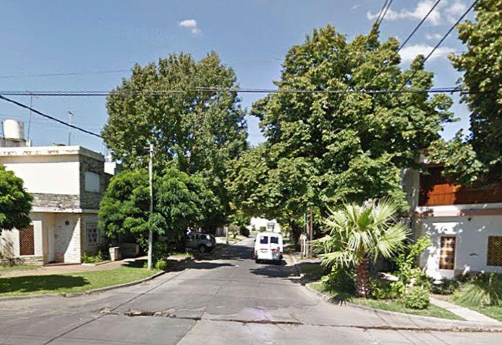 escenario. La calle Directorio al 500, el lugar donde la docente fue interceptada por los delincuentes que manejaban un C3.