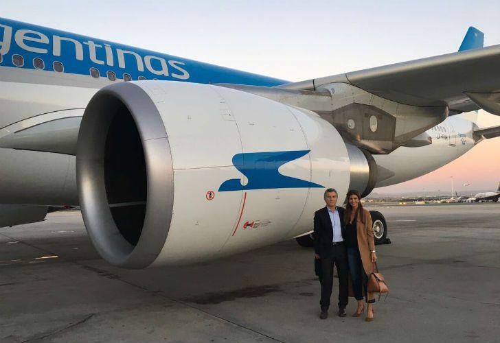 El presidente Mauricio Macri y su esposa, Juliana Awada, emprenden la vuelta a la Argentina luego de una gira oficial por España.