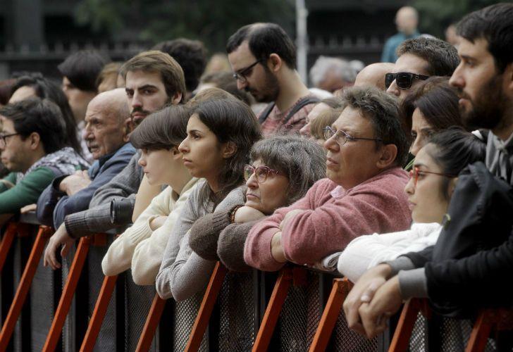 Para el concierto, se dispusieron de unas 500 sillas ubicadas frente al escenario. Estuvo presente en el evento, el jefe de Gobierno porteño, Horacio Rodríguez Larreta.