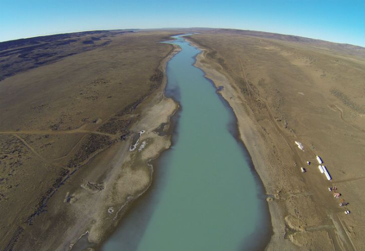The Santa Cruz river, photographed from the air.