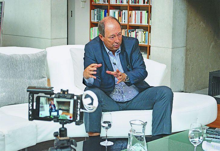Cristina, el oficialismo, las elecciones y el futuro político argentino. El exsenador y armador de Cambiemos fue entrevistado por Jorge Fontevecchia.